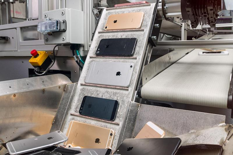Components of iPhones including gold, copper and lithium, can be recycled for new smartphones: Apple