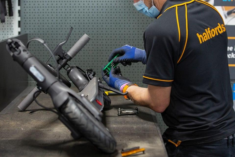 Halfords is on track to report better than expected profits (Halfords)