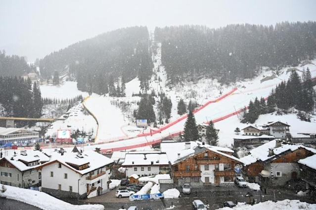 Winter wonderland: but te snow in Val Gardena prevented the men's World Cup downhill taking place (AFP Photo/Alberto PIZZOLI)