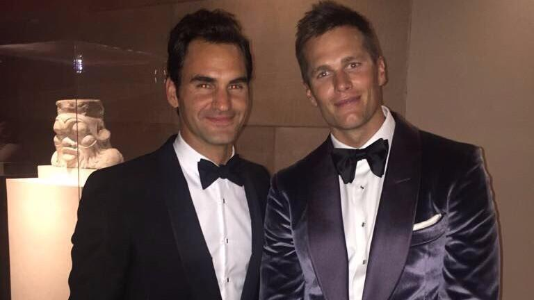 Roger Federer Serial Tweets His Met Gala Outing... With Emojis!