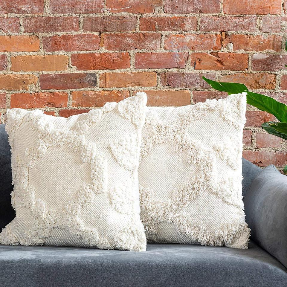 """<br><br><strong>Refinery29</strong> Teagan Collection Decorative Textured Throw Pillows, $, available at <a href=""""https://amzn.to/3d9tWoD"""" rel=""""nofollow noopener"""" target=""""_blank"""" data-ylk=""""slk:Amazon"""" class=""""link rapid-noclick-resp"""">Amazon</a>"""