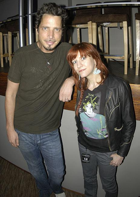 Chris Cornell with Yahoo Music editor Lyndsey Parker in 2007 (photo: Stephanie Cabral)