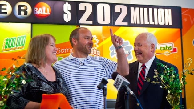 Brian and Mary Lohse celebrate their Powerball lottery victory — AP