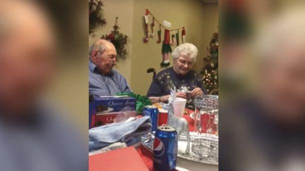 PHOTO: A man surprised his wife of 67 years with a wedding ring after she lost hers. (Ethel Roberts via Storyful)