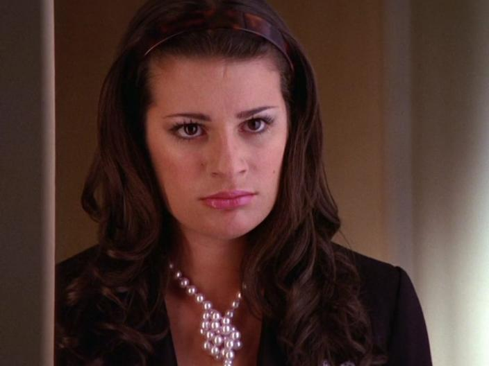 Rachel Berry's main stand-out piece is a knotted pearl necklace.