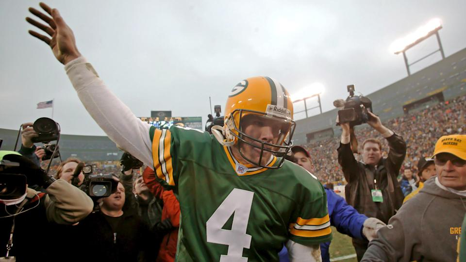 Mandatory Credit: Photo by Darren Hauck/EPA/Shutterstock (7832559i)Green Bay Packers' Brett Favre Waves to the Fans After Defeating the Seattle Seahawks in the Last Regular Game of the Nfl Season in Green Bay Wisconsin Sunday 01 January 2006 the Packers Won the Game with a Final Score of 23-17Usa Nfl Seahawks Packers - Jan 2006.