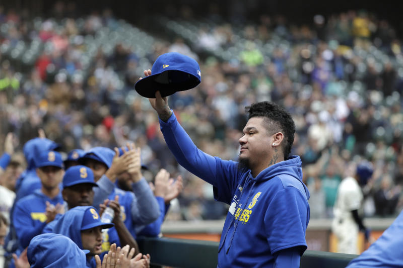 Seager homers as Mariners close out with 3-1 win over A's