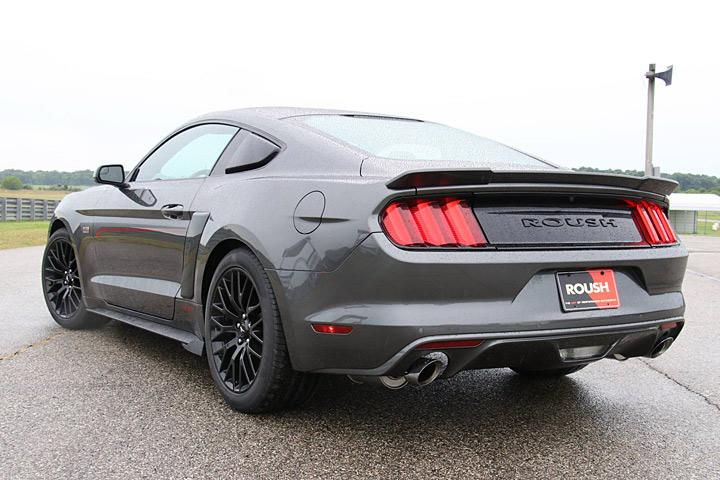 roush makes the 2017 mustang meaner for under 30 000. Black Bedroom Furniture Sets. Home Design Ideas