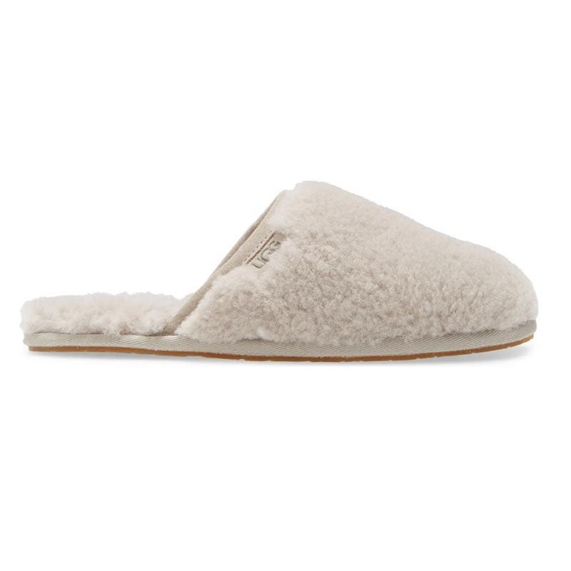 """<a href=""""https://www.glamour.com/gallery/best-slippers-for-women?mbid=synd_yahoo_rss"""" rel=""""nofollow noopener"""" target=""""_blank"""" data-ylk=""""slk:Clouds for feet"""" class=""""link rapid-noclick-resp"""">Clouds for feet</a>. That's all. $90, UGG. <a href=""""https://www.nordstrom.com/s/ugg-fluffette-slipper-women/5020344"""" rel=""""nofollow noopener"""" target=""""_blank"""" data-ylk=""""slk:Get it now!"""" class=""""link rapid-noclick-resp"""">Get it now!</a>"""