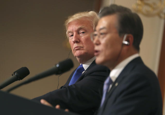 President Trump and South Korean President Moon Jae-in participate in a joint news conference in Seoul, South Korea, Nov. 7, 2017. (Photo: Andrew Harnik/AP)