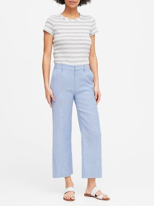 <p>The sky's the limit when styling these sky-blue <span>Banana Republic Slim Wide-Leg Linen-Cotton Cropped Pants</span> ($24, originally $99).</p>