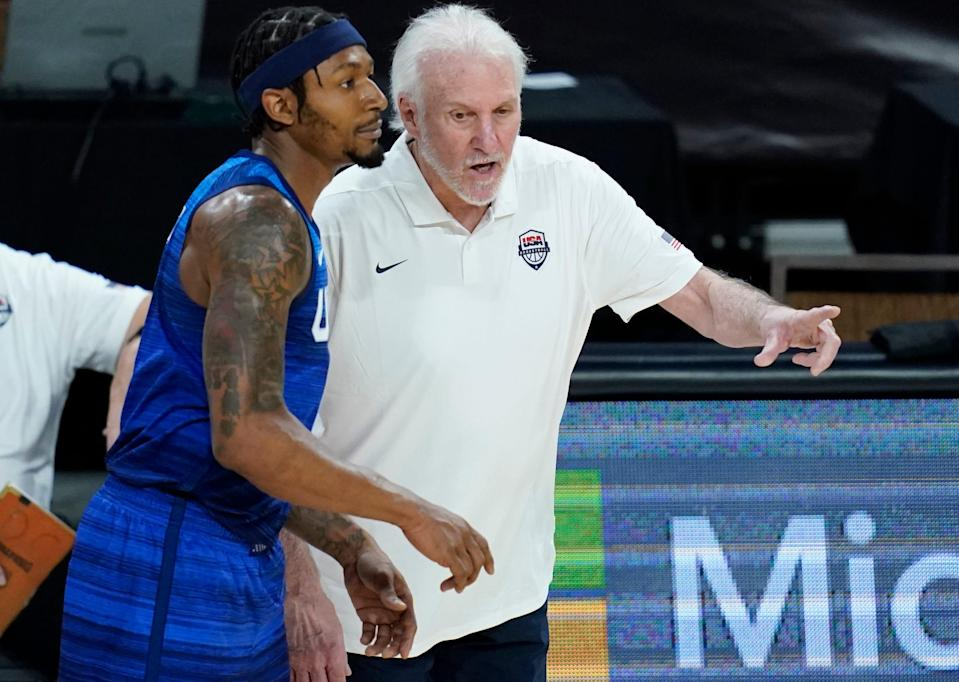Team USA coach Gregg Popovich speaks with Bradley Beal during Monday night's Olympic tune-up loss to Australia.