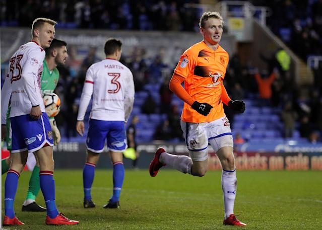 Soccer Football - FA Cup Third Round Replay - Reading vs Stevenage - Madejski Stadium, Reading, Britain - January 16, 2018 Reading's Jon Dadi Bodvarsson celebrates scoring their third goal Action Images/Andrew Couldridge
