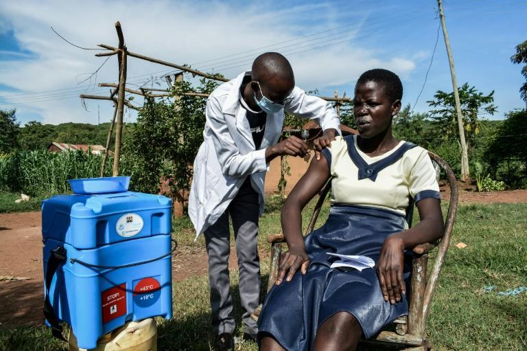 Vaccines are being administered door-to-door for people who live far from health facilities in Siaya, Kenya
