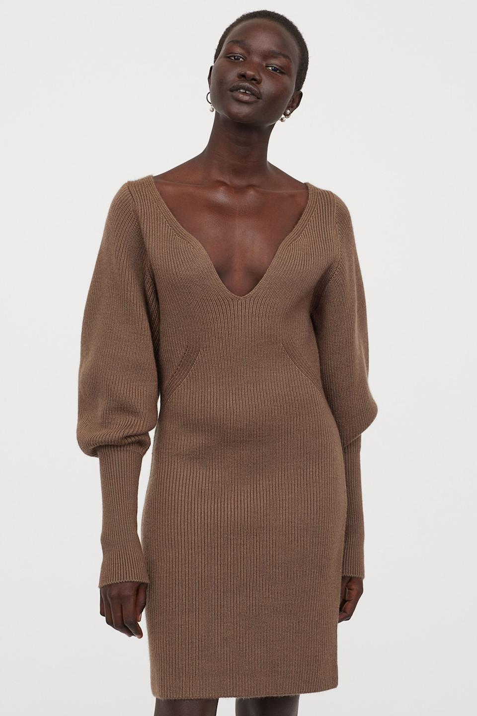 "<br><br><strong>H&M</strong> Rib-knit Dress, $, available at <a href=""https://go.skimresources.com/?id=30283X879131&url=https%3A%2F%2Fwww2.hm.com%2Fen_us%2Fproductpage.0848025003.html%3F"" rel=""nofollow noopener"" target=""_blank"" data-ylk=""slk:H&M"" class=""link rapid-noclick-resp"">H&M</a>"