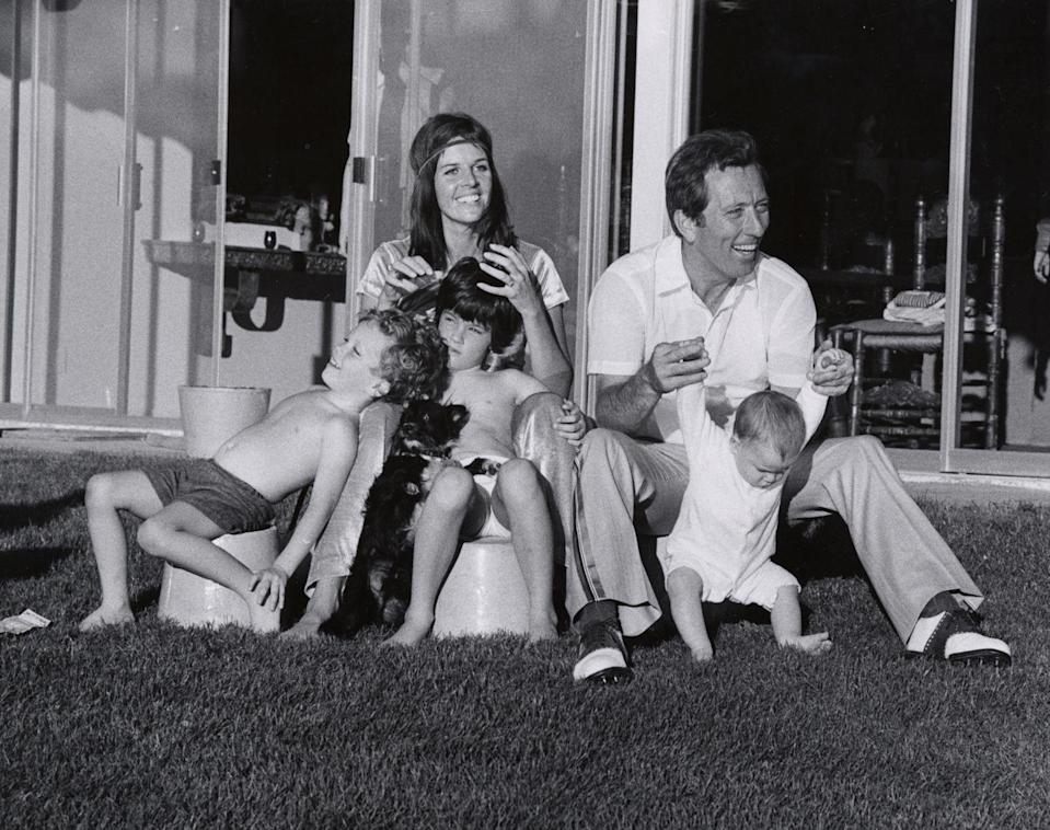 <p>Grammy Award-nominee Andy Williams enjoys the outdoors with his wife Claudine Longet and their three children Noelle, Christian, and Robert, as the family attends the Bob Hope Desert Classic Golf Tournament.<br></p>