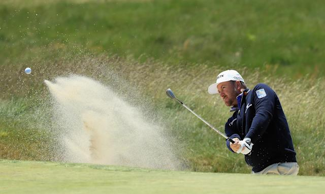 """<a class=""""link rapid-noclick-resp"""" href=""""/pga/players/4127/"""" data-ylk=""""slk:Graeme McDowell"""">Graeme McDowell</a> has withdrawn from a crucial qualifier for the British Open after an airline lost his clubs. (Getty Images)"""