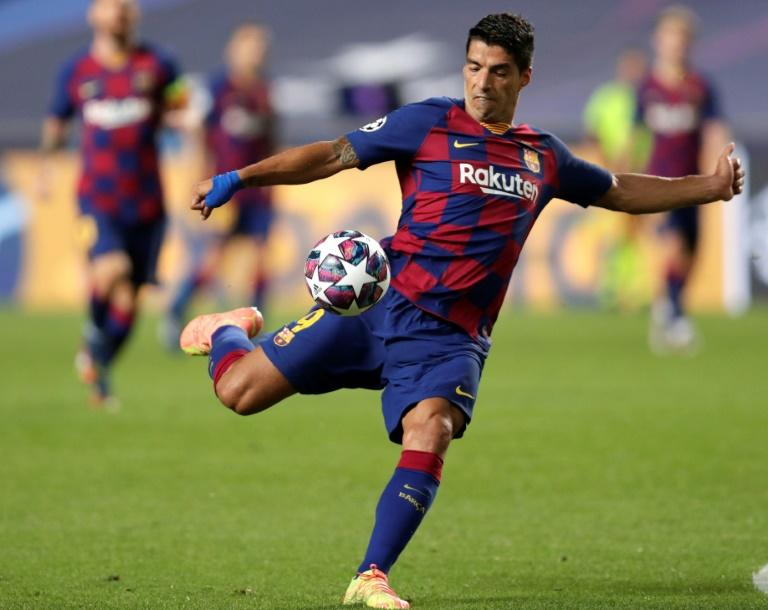 Suarez unlikely to join Juve because of passport delay - Pirlo