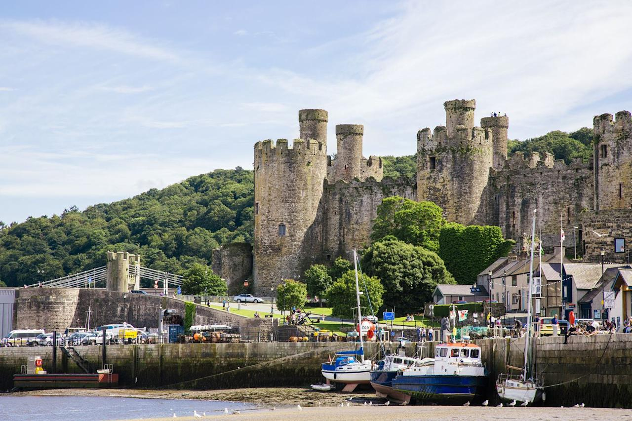 """<p>The perfect spot for a romantic couple's escape is in Wales at <a rel=""""nofollow"""" href=""""https://www.pitchup.com/campsites/Wales/North-Wales/Conwy/Colwyn_Bay/waenfechan_rural_retreat/"""">WaenfechanGlamping</a> in Conwy.</p><p>Stay in cosy camping pods, each with its own hot tub and fully equipped kitchen, living, sleeping and dining areas plus both mountain and sea views, it really could not be any better!  With Conwy, Llandudno and Snowdonia on the doorstep, there is plenty to see and do while staying. </p><p>From £55 per night.</p>"""