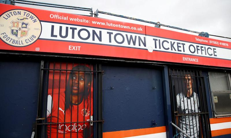 Kenilworth Road: Rarely a happy hunting ground for Oxford fans.