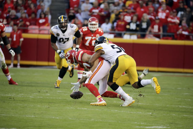 Kansas City Chiefs tight end Travis Kelce and the rest of his offensive teammates had a quiet day in a loss to the Steelers. (AP)