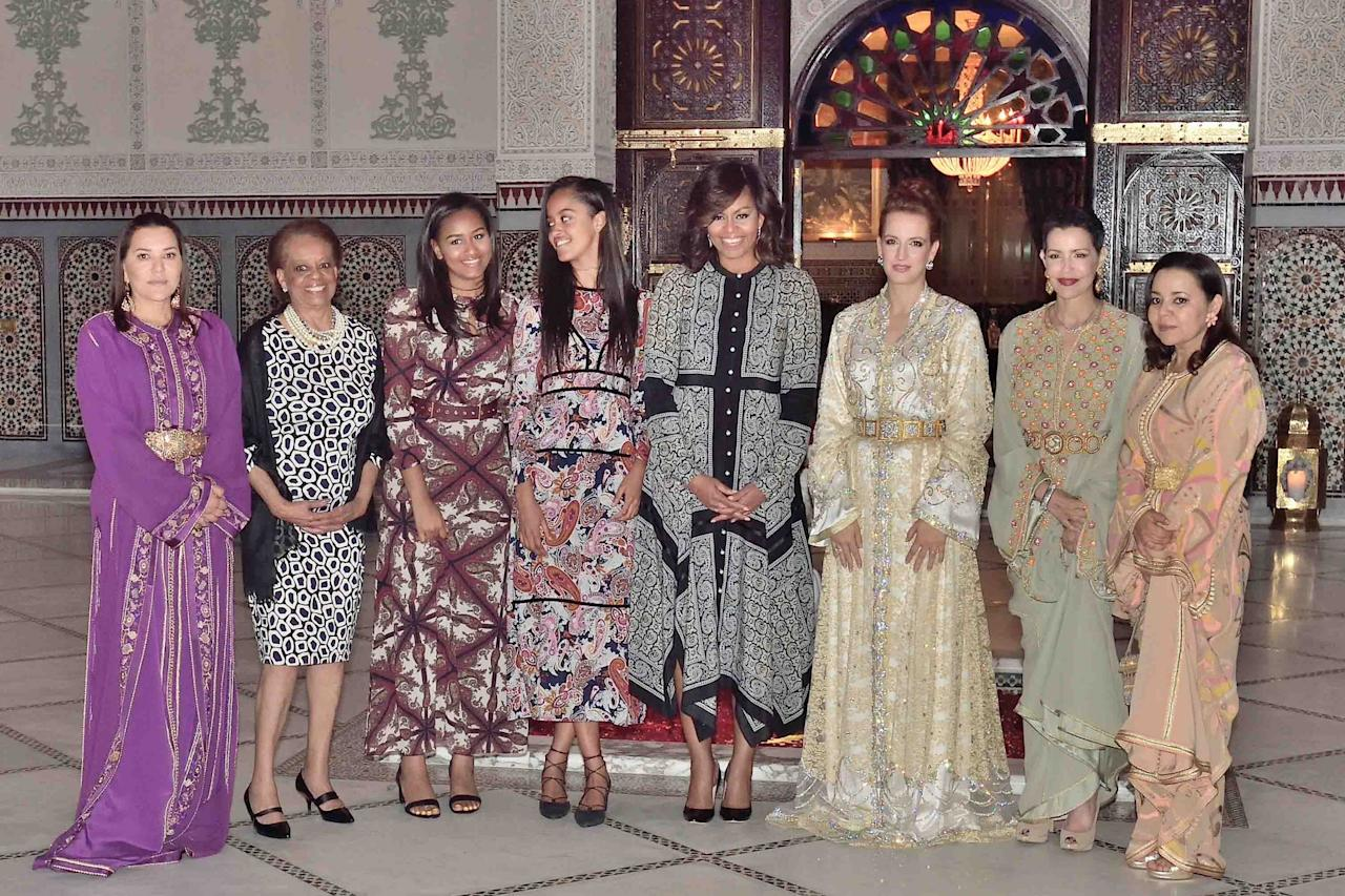<p>Left to right: Princess Lalla Hasna, a guest, Malia and Sasha Obama, US first ady Michelle Obama, Princesses Lalla Salma, Lalla Meryem, and Lalla Asma attend an iftar dinner (Ramadan meal) offered by Morocco's king in Marrakesh, on June 28, 2016. (Balkis Press/Sipa) </p>