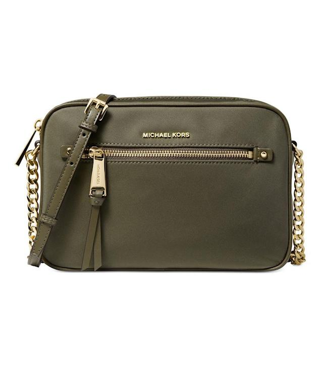 6f6ba3e9125d Hurry! Michael Kors bags are majorly discounted right now