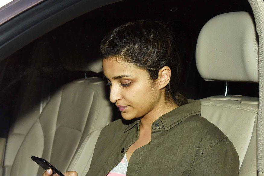 <p>This beautiful actress has it all. Parineeti wanted to become an investment banker. She has a triple honours degree in business, finance and economics from Manchester Business School in United Kingdom. She also worked with Yash Raj banner in its marketing and public relations division. </p>