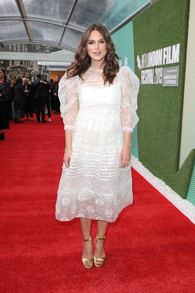Keira makes her first post-baby red carpet appearance in a billowing Simone Rocha look. <em> [Photo: Getty]</em>