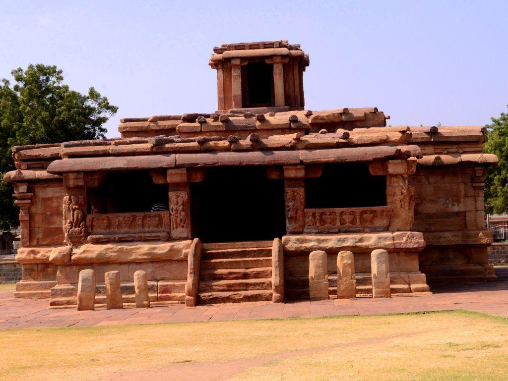 <p>There is hardly a soul here as we make our way to one of the oldest temples in Aihole, one with an unusual name. Lad Khan Temple, built by the Chalukyan kings, may probably take its name after a pious Muslim who stayed here, but it is one of the earliest Chalukyan temples. It is dedicated to Shiva. Initially, it was a hall and later became a temple dedicated to Surya and later a Shivalaya.</p>