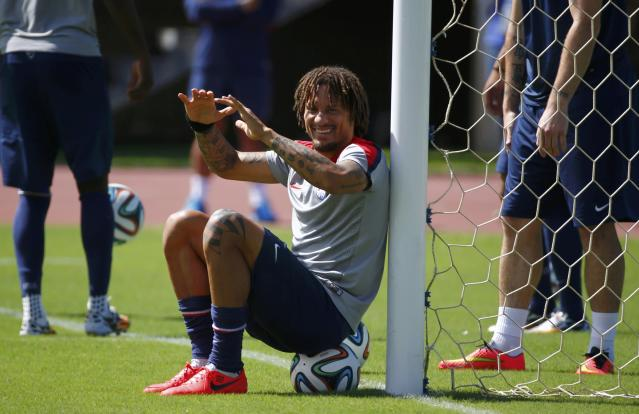 U.S. player Jermaine Jones attends a training session ahead of their 2014 World Cup round of 16 match against Belgium in Salvador, June 30, 2014. REUTERS/Michael Dalder (BRAZIL - Tags: SPORT SOCCER WORLD CUP)