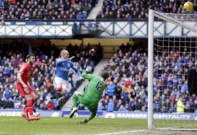 Football Soccer - Rangers v St Mirren - Ladbrokes Scottish Championship - Ibrox - 27/2/16 Rangers' Kenny Miller (2nd L) misses a chance to score Mandatory Credit: Action Images / Graham Stuart Livepic EDITORIAL USE ONLY.
