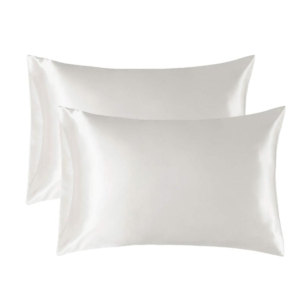 "<h2>Bedsure Satin Pillowcase Set</h2><br>In case you haven't <a href=""https://www.refinery29.com/en-us/best-silk-pillowcase"" rel=""nofollow noopener"" target=""_blank"" data-ylk=""slk:heard the satin-pillowcase news:"" class=""link rapid-noclick-resp"">heard the satin-pillowcase news:</a> these non-essential bedding buys are now-essential skincare buys. And, after this top-rated and very affordable <a href=""https://www.refinery29.com/en-us/best-things-on-amazon-hidden-gems"" rel=""nofollow noopener"" target=""_blank"" data-ylk=""slk:Amazon set was featured as a September Hidden Gem"" class=""link rapid-noclick-resp"">Amazon set was featured as a September Hidden Gem</a>, readers rushed to cart it up for all of its protective hair-smoothing and skin-soothing benefits. <br><br><em>Shop <strong><a href=""https://amzn.to/3j9EGpi"" rel=""nofollow noopener"" target=""_blank"" data-ylk=""slk:Amazon"" class=""link rapid-noclick-resp"">Amazon</a></strong></em><br><br><strong>Bedsure</strong> Satin Pillowcase for Hair and Skin, 2 Pack, $, available at <a href=""https://amzn.to/3iMGIvq"" rel=""nofollow noopener"" target=""_blank"" data-ylk=""slk:Amazon"" class=""link rapid-noclick-resp"">Amazon</a>"