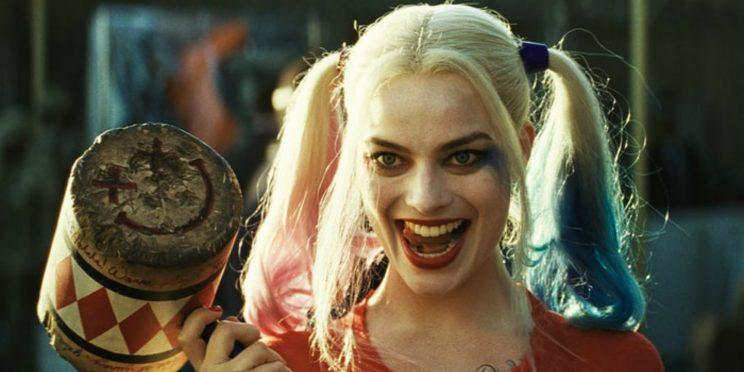 Margot Robbie and her mallet in Suicide Squad [Image via Warner Bros]