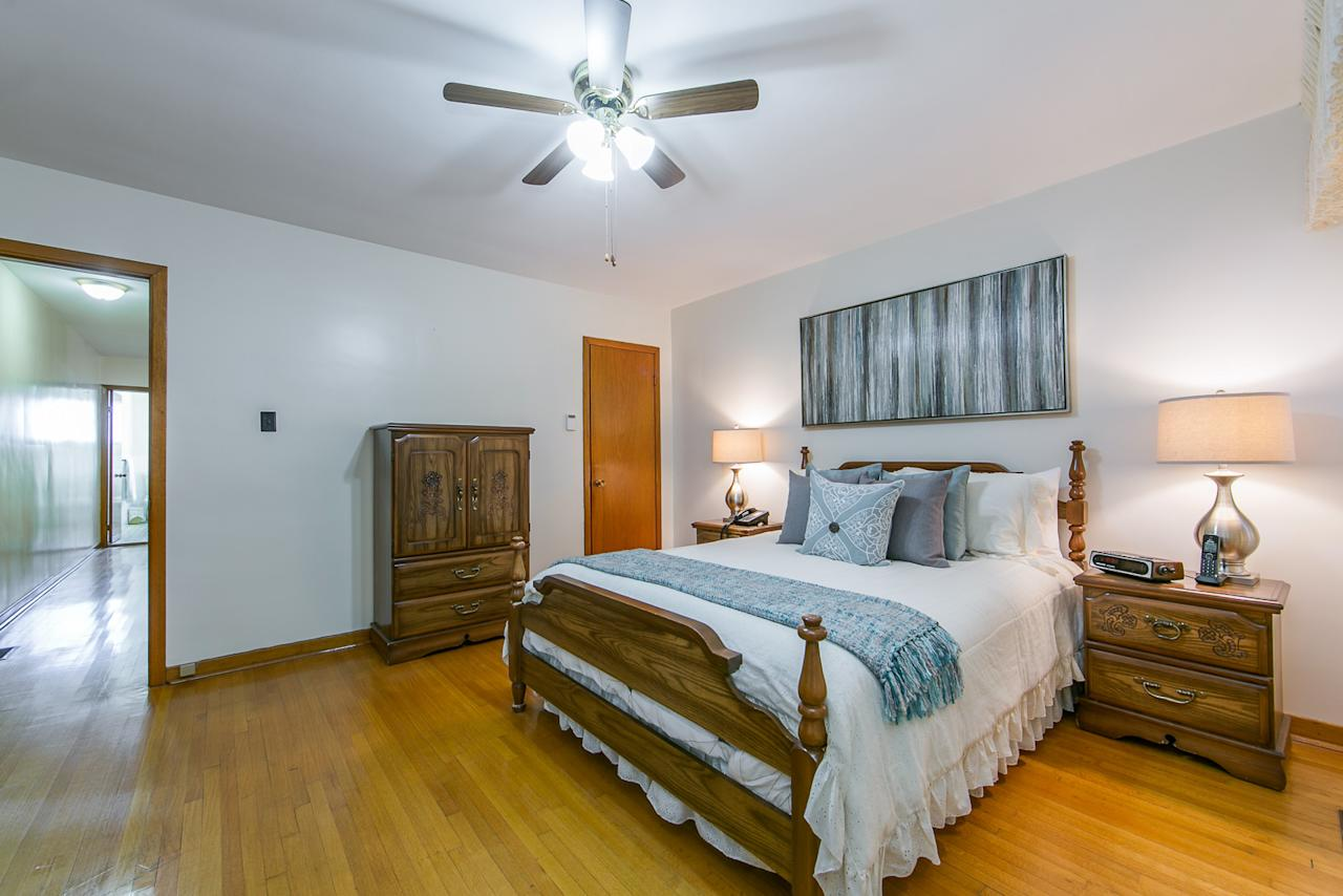 """<p><a rel=""""nofollow"""" href=""""https://www.zoocasa.com/toronto-on-real-estate/5594613-68-eaton-ave-toronto-on-m4j2z5-e4251236"""">68 Eaton Ave., Toronto, Ont.</a><br />The house has three bedrooms with hardwood floors.<br />(Photo: Zoocasa) </p>"""