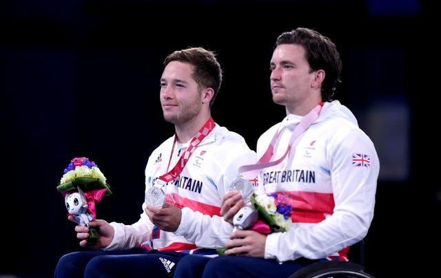 Gordon Reid (right) and Alfie Hewett pose with their silver medals
