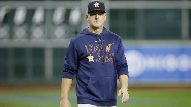 Former Houston Astros manager A.J. Hinch apologised for failing to stop the team's alleged sign stealing.