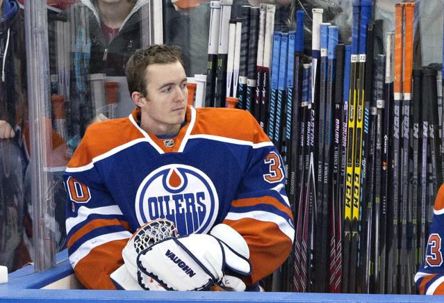 <p>Scrivens, who hails from Spruce Grove, Alberta, currently plays for for Salavat Yulaev Ufa of the KHL. Scrivens was not selected in the NHL entry draft. He signed a one-year contract with the Toronto Maple Leafs in 2010. Scrivens played for the Maple Leafs, Los Angeles Kings, Edmonton Oilers and Montreal Canadiens throughout his five-year NHL career. </p>