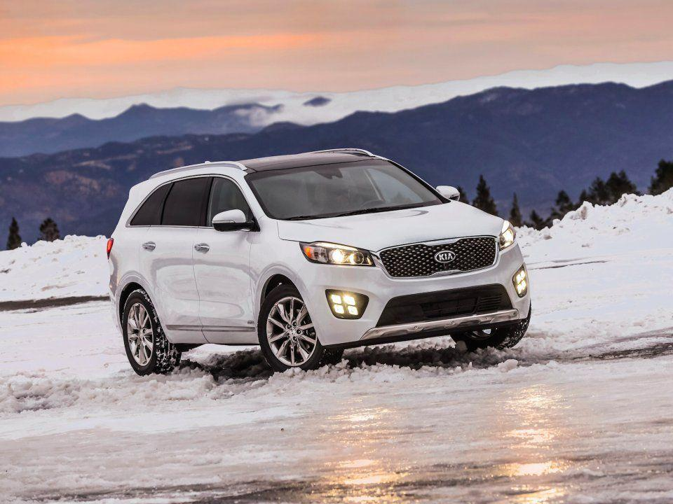 <p><strong>Best 3-row SUV for the money:</strong> 2017 Kia Sorento </p>