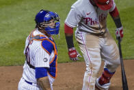New York Mets catcher Wilson Ramos, left, wears a No. 41 sleeve patch in honor of the late Tom Seaver, during the third inning of the team's baseball game against the Philadelphia Phillies, Friday, Sept. 4, 2020, in New York. (AP Photo/John Minchillo)