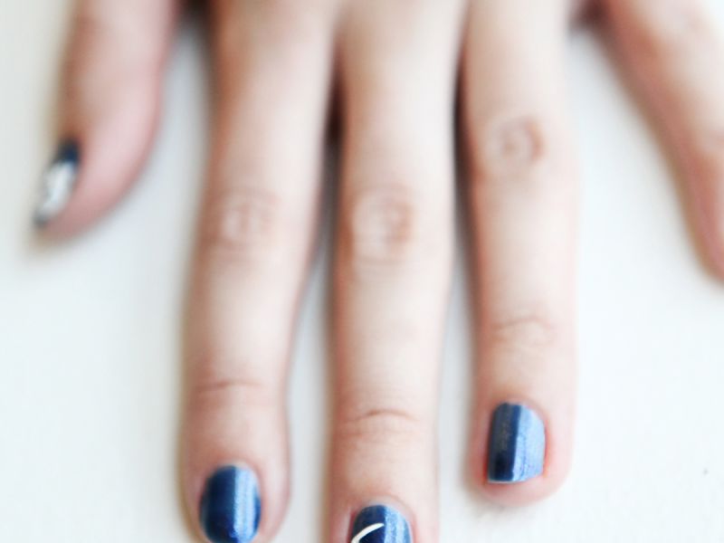 Constellation Manicures Are The Nail Art You Actually Want