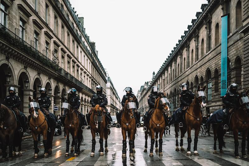 """Police are ready to quell gilets jaunes (aka """"yellow vests"""") protestors in Paris in the documentary """"The Monopoly of Violence."""""""