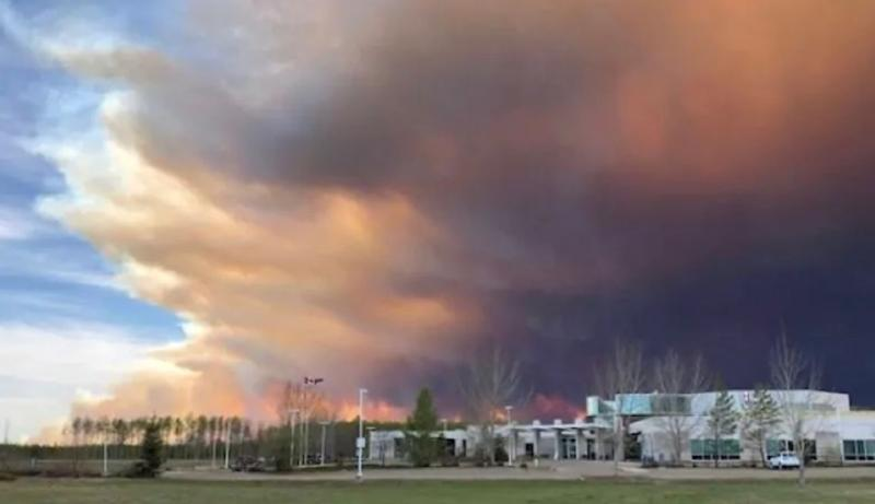 Deb Stecyk says while High Level residents can certainly see the wildfire smoke, they can't smell it. (Deb Stecyk/CBC News)