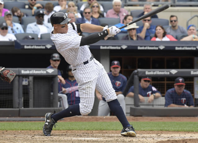 "Yankees slugger <a class=""link rapid-noclick-resp"" href=""/mlb/players/9877/"" data-ylk=""slk:Aaron Judge"">Aaron Judge</a> played through an injured left shoulder in 2017. (AP Photo/Bill Kostroun)"