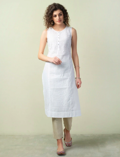 """<a href=""""https://fave.co/3bSvQc3"""">BUY HERE</a> Cotton fish pleat slim fit sleeveless long kurta, from Fabindia, for <strong>Rs. 1,690</strong>"""