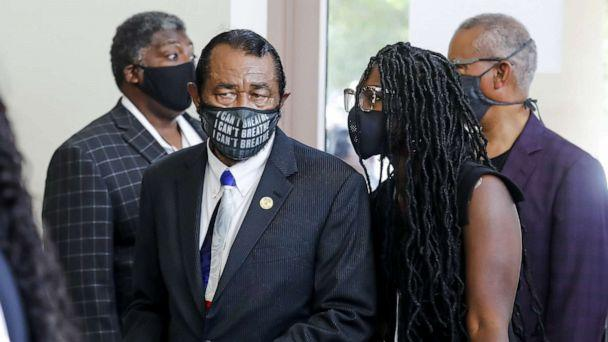 PHOTO: Congressman Al Green enters The Fountain of Praise church for the private funeral for George Floyd on June 9, 2020, in Houston. (Godofredo A. Vasquez/Pool via Getty Images)