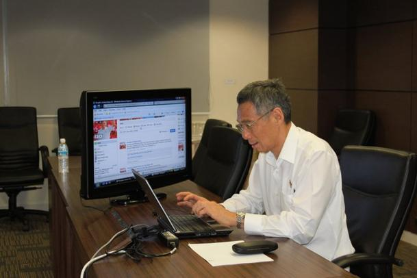 Prime Minister Lee Hsien Loong taps on social media for the GE. (Photo courtesy of Xavier Lur)