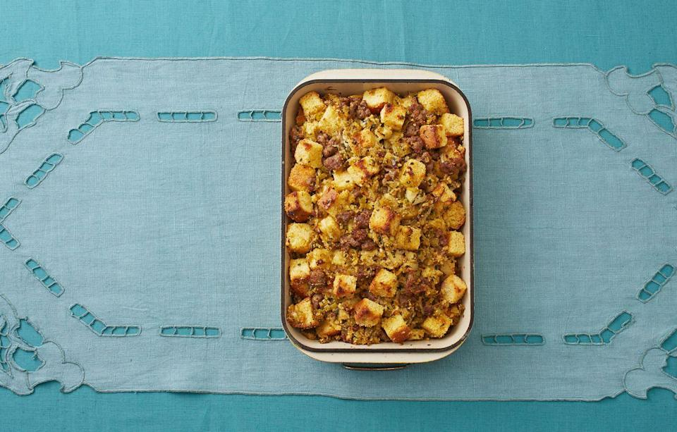 "<p>Clearly, the right way to make dressing is with cornbread. This recipe has sausage and apples for a ""dreamy"" bite, according to Ree!</p><p><strong><a href=""https://www.thepioneerwoman.com/food-cooking/recipes/a33314892/best-cornbread-dressing-recipe/"" rel=""nofollow noopener"" target=""_blank"" data-ylk=""slk:Get the recipe."" class=""link rapid-noclick-resp"">Get the recipe.</a></strong></p><p><a class=""link rapid-noclick-resp"" href=""https://go.redirectingat.com?id=74968X1596630&url=https%3A%2F%2Fwww.walmart.com%2Fbrowse%2Fhome%2Fbaking-dishes%2F4044_623679_8455465_2321543%3Ffacet%3Dbrand%253AThe%2BPioneer%2BWoman&sref=https%3A%2F%2Fwww.thepioneerwoman.com%2Ffood-cooking%2Fmeals-menus%2Fg33251890%2Fbest-thanksgiving-sides%2F"" rel=""nofollow noopener"" target=""_blank"" data-ylk=""slk:SHOP BAKING DISHES"">SHOP BAKING DISHES</a></p>"