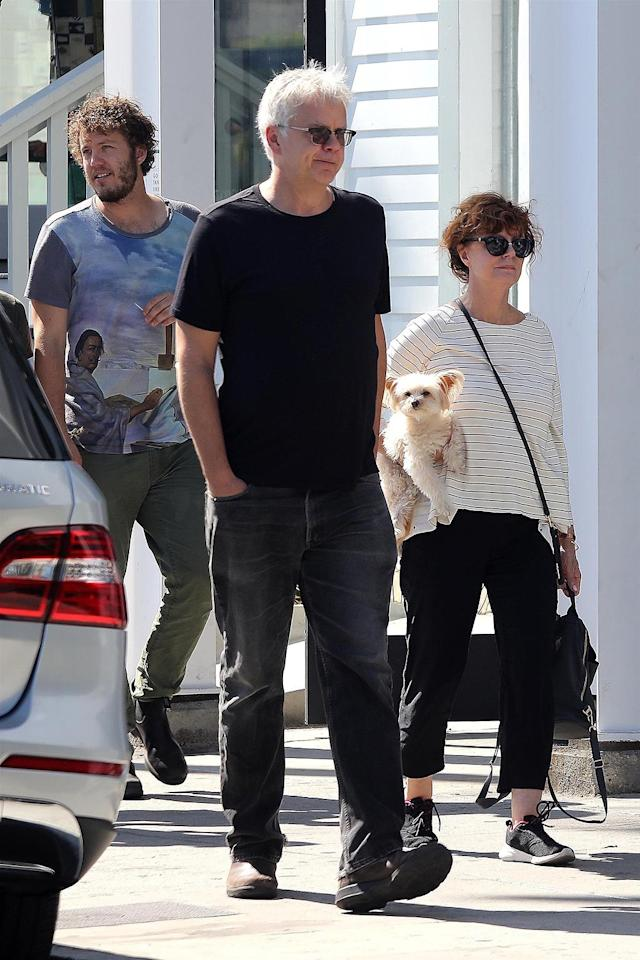 "<p>The friendly exes reunited for lunch with their actor son, Jack Robbins, a couple of friends, and Sarandon's pooch in Venice, Calif. The <i>Bull Durham</i> stars's <a href=""https://www.yahoo.com/celebrity/susan-sarandon-reveals-her-sexuality-000148768.html"" data-ylk=""slk:romance lasted"" class=""link rapid-noclick-resp"">romance lasted</a> from the time they met on that film until 2009. (Photo: Malibu Joe/BACKGRID) </p>"