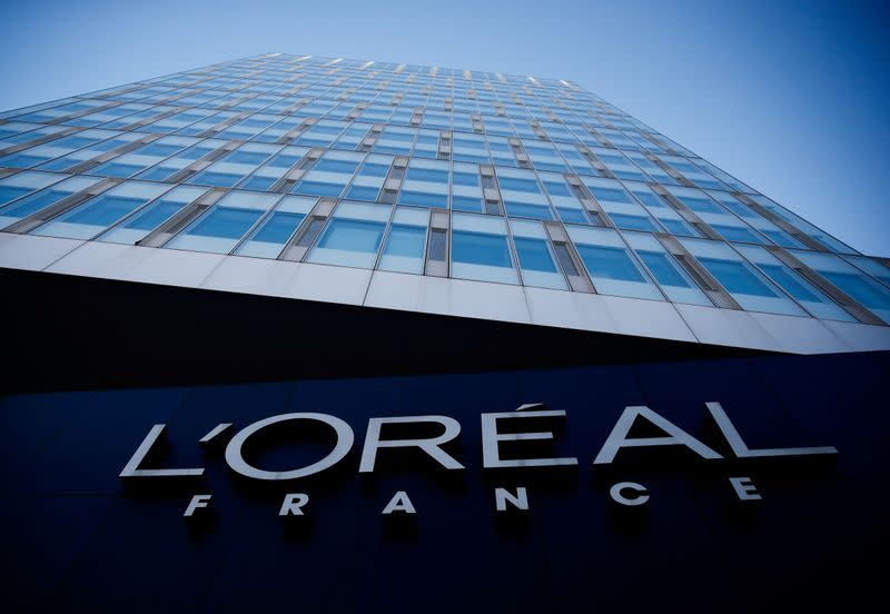 'Glow' to replace 'whitening' in some L'Oreal skin products